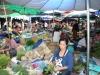 Trubel auf einem laotischen Markt - für Touristen ein Erlebnis der besonderen Art