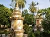 Wat Si Saket ist von einer Mauer mit mehr als 2000 Buddha-Bildnissen aus Keramik und Silber umgeben