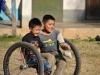 Laotische Kinder am Ufer des Mekong