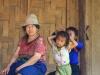 Im Zentrum der laotischen Alltagskultur steht die Familie, das Leben in der Gemeinschaft