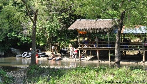 Tubing in Vang Vieng - ein Muss