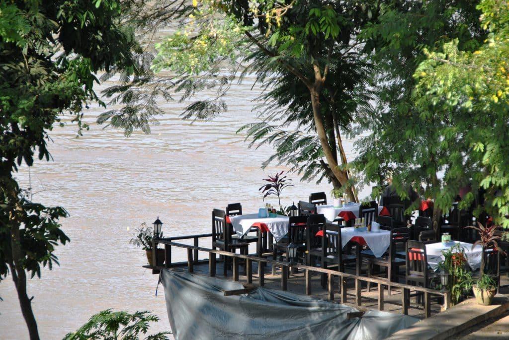 Tolle Location für ein Abendessen am Mekong in Luang Prabang