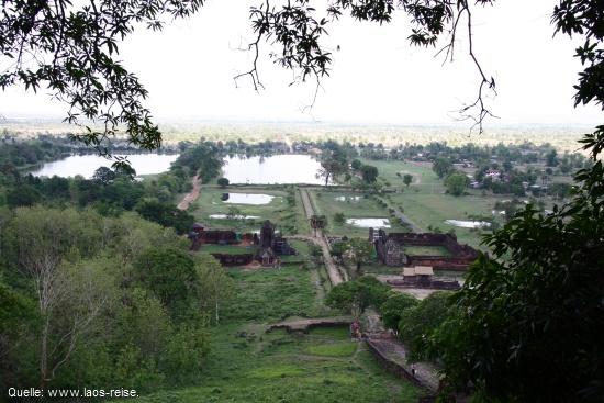 Wat Phou: Blick auf die unterschiedlichen Ebenen des Tempelkomplexes